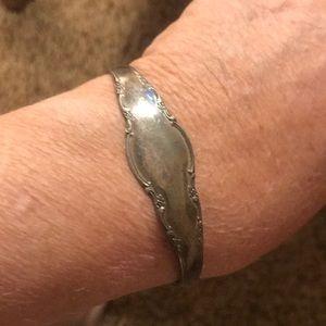 VTG Lunt Silversmiths sterling cuff